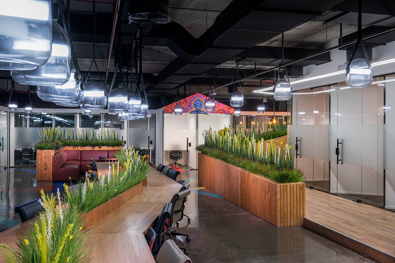 The Benefits of LED Lighting in Commercial Office Buildings